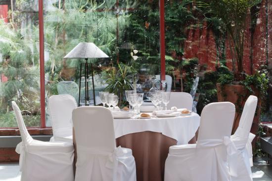 best-western-hotel-vilnius-winter-garden-dinning_imagelarge